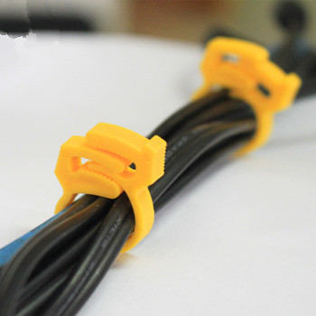 OEM good quality plastic wire clip